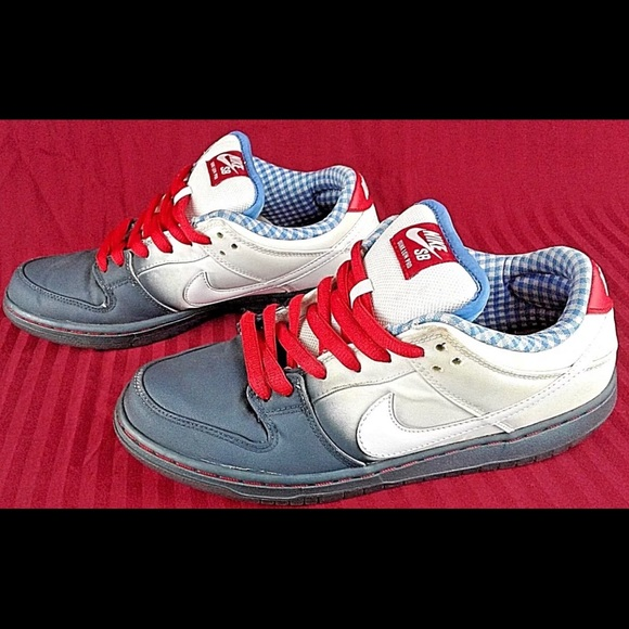 """online store 0147d 70f7a Nike sb dunk lows wizard of oz """"Dorothy's"""" SZ.8"""